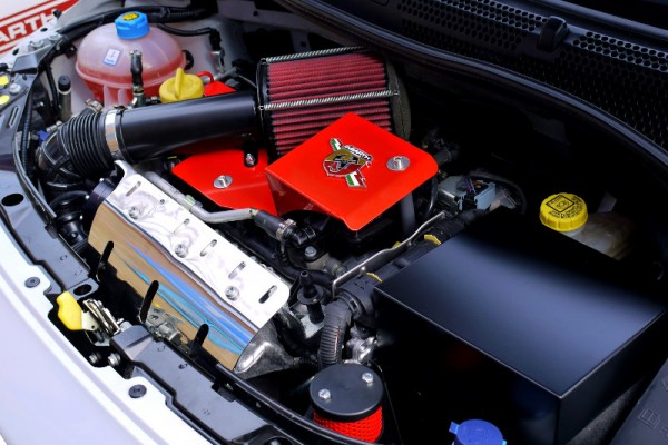 abarth500-gtt-cold-ram-induction-system