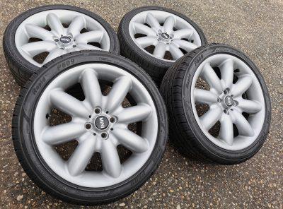 SOLD – Genuine Original generation 1 Mini S spoke 17″ R85 Allow wheels.